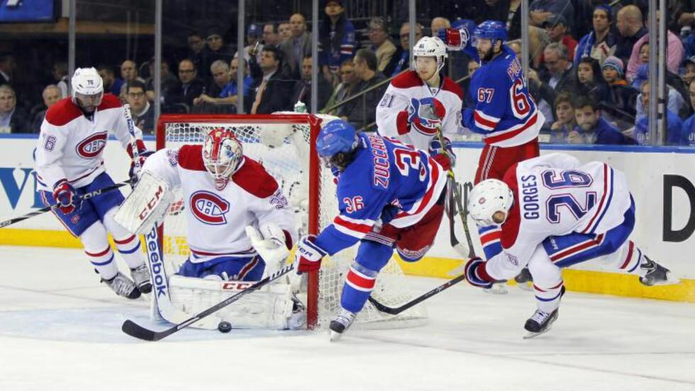 FARLIG: Mats Zuccarello Aasen er nær ved å skåre for New York Rangers mot Montreal Canadiens i Madison Square Garden. Foto: Andy Marlin-USA TODAY Sports