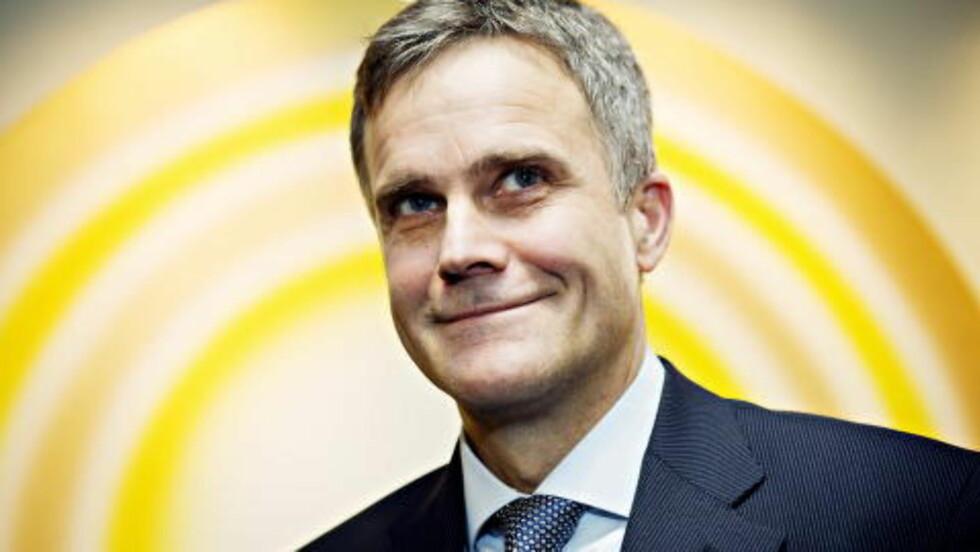 STATOIL: Statoil-sjef Helge Lund fikk i fjor totalt 13, 8 millioner kroner i lønn og bonus. Staten er majoritetseier i Statoil. Foto: Nina Hansen / Dagbladet