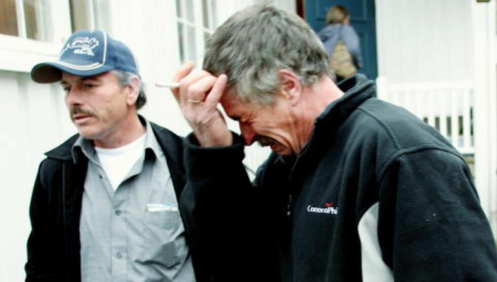 SYKE: Dagbladet har i en årrekke skrevet om syke oljearbeidere fra Ekofisk-feltet i Nordsjøen, og deres kamp for erstatning. Her er Jan Terje Biktjørn sammen med Harald Kristensen i 2008. Foto: Jan L. Dahl
