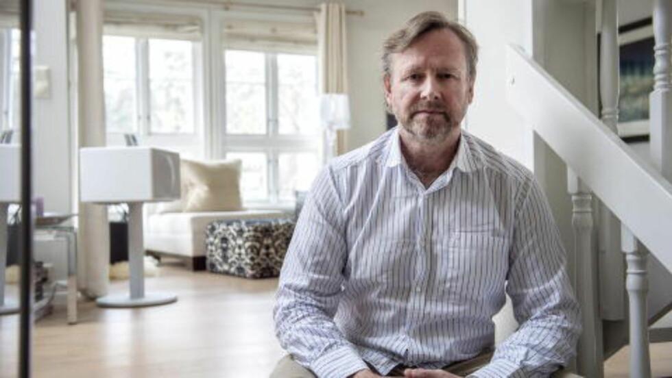 AVVISER ALT: - Det er lenge siden jeg ga opp å tro på at det fantes fornuft hos Økokrim, sier Hans Eirik Olav (57) til Dagbladet. Den hvitvaskingstiltalte eks-styrelederen i riggselskapet Thule Drilling avviser blankt tiltalen mot ham. Foto: Øistein Norum Monsen / Dagbladet.