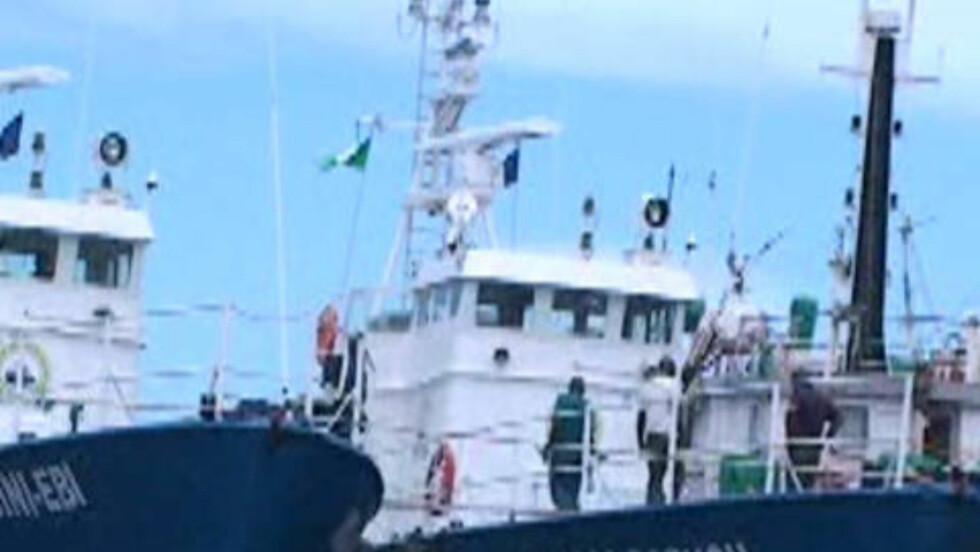 I NIGERIA: Bildet viser de tidligere norske missiltorpedobåtene i havna i Lagos. Foto: Privat