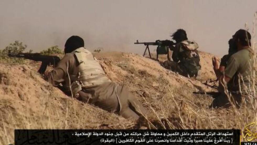 <strong>KRAFTIGE KAMPER:</strong> ISIL har inntatt flere irakiske byer de siste dagene. Nå står de kun seks mil nord for Bagdad. Bildet er offentliggjort på ISILs egen Twitter-konto.