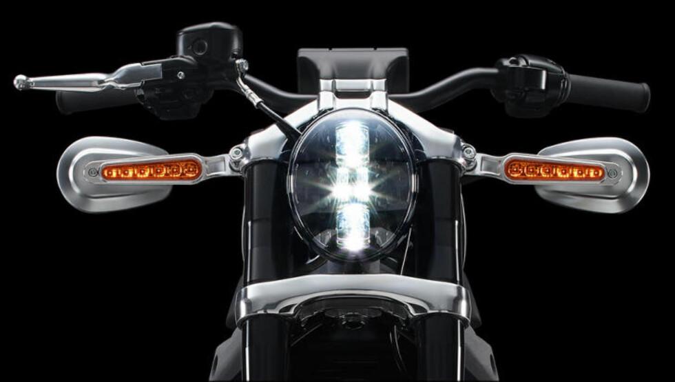 ELEKTRISK RAMP: Led-lys er en selvfølge på e-sykkelen, som blant annet skal lanseres langs Route 66. Foto: HARLEY-DAVIDSON