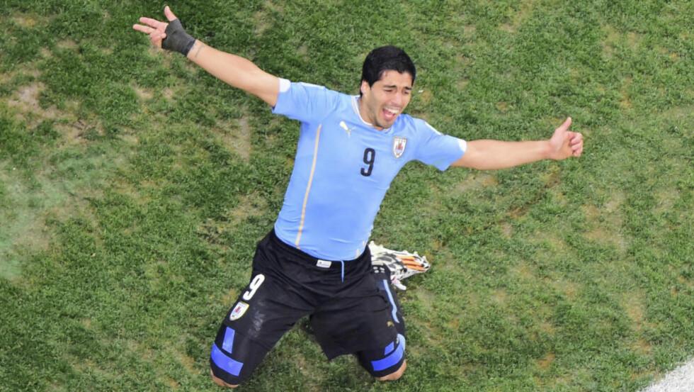 IRRITERT: Kampens store spiller, Luis Suárez, ble ekstra motivert av Roy Hodgsons utspill før møtet med England. Foto: AP Photo / Francois Xavier Marit / NTB Scanpix