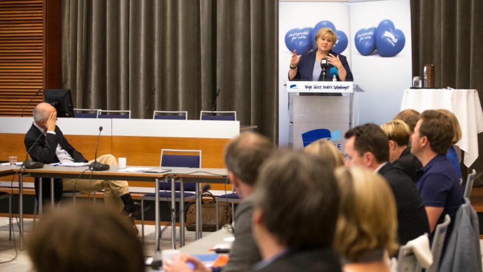 SENTRALSTYREMØTE: Statsminister Erna Solberg talte under Høyres sentralstyremøte i Oslo i dag. Foto: Audun Braastad / NTB Scanpix