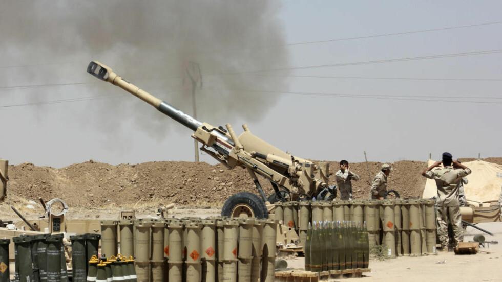 KAMPER: Irakiske sikkerhetsstyrker kjemper mot sunnimuslimske ekstremister. Foto:  REUTERS/Stringer