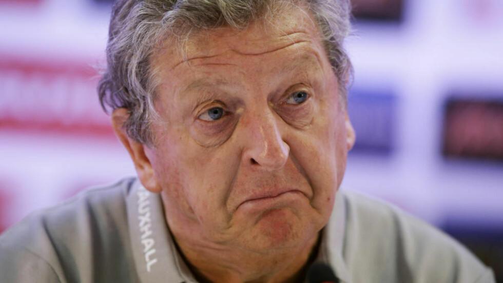 SVAKT: Tross null poeng på de to første gruppespillkampene: Roy Hodgson forsvarer sine taktiske valg til tross for Englands fiasko i fotball-VM. AP Photo/Matt Dunham/NTB Scanpix