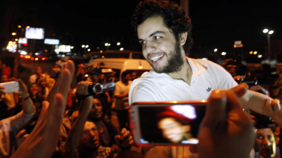 SULTESTREIK: Etter ti måneder i et egyptisk fengsel, fem av dem sultestreikende, ble Al Jazeeras journalist Abdullah al-Shamy løslatt i forrige uke. Foto: Reuters / NTB scanpix