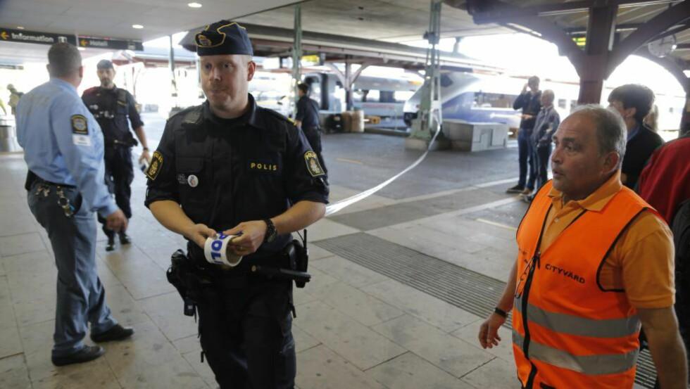 TRUSSEL: All togtrafikk på sentralstasjonen i Gøteborg er stoppet, og tog er blitt evakuert på grunn av en bombetrussel, bekrefter svensk politi. Foto: ADAM IHSE / TT / NTB scanpix