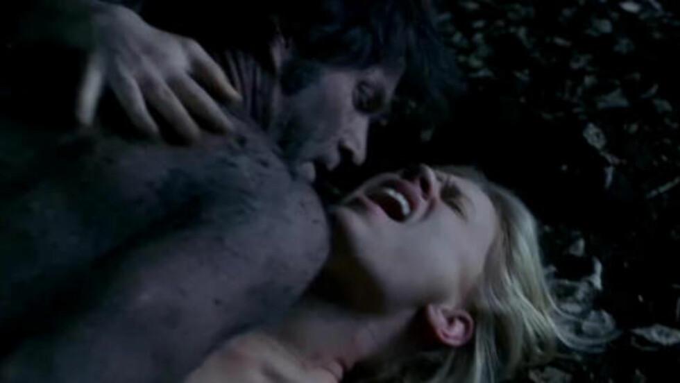 KIRKEGÅRDSGJENFORENING: Denne sørge/sexscena oppsummerte ganske greit hva «True Blood» dreide seg om.
