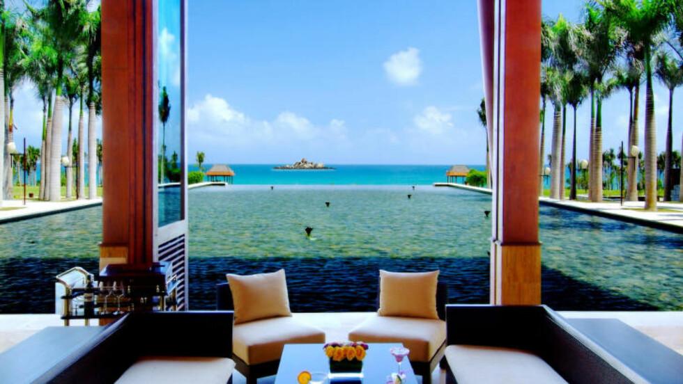 LUKSUS PÅ KINESISK: Slik har du muligens ikke sett Kina før. Her er lobby-loungen på Mangrove Tree Resort, et av hotellene mye brukt av KinaReiser. Foto: KINAREISER