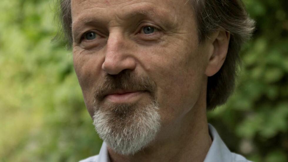 LANG PAUSE: «Nidaros» er folkemusikeren og poeten Stein Verstos romandebut etter 15 års skrivepause. Foto: SAMLAGET
