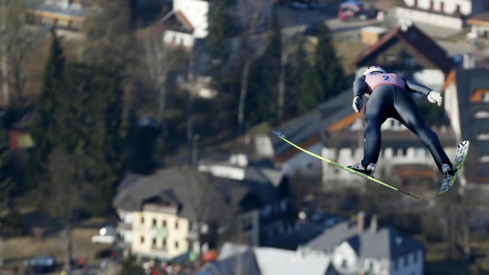 ANDREPLASS: Anders Bardal var fornøyd med hoppet sitt i første omgang av skiflygings-VM. Han ligger på foreløpig andreplass etter to av fire omganger. Foto: Petr David Josek, AP / NTB Scanpix