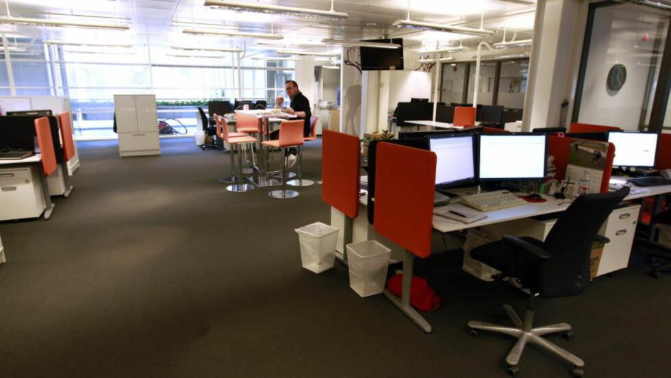 ÅPENT LANDSKAP:  Sykefraværet er høyere på arbeidsplasser med åpne kontorlandskap. Illustrasjonsfoto: Foto: Lise Åserud / Scanpix