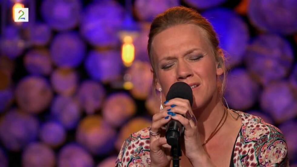 NY VERSJON:  Anneli Drecker tolker Sigvart Dagslands største hit «Alt eg såg» i lørdagens program. Versjonen kan du høre øverst i saken.  Foto: TV 2
