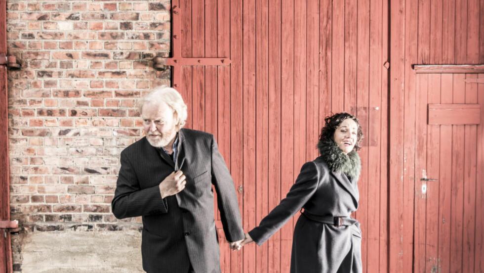 100 ÅR: 23. juli er det 100 år siden Alf Prøysen ble født. Viggo Sandvik og Inger Lse Rypdal hyller ham med tolv Prøysen-sanger på albumet «Prøysen og øss». Foto: Per Erik Bjørnback