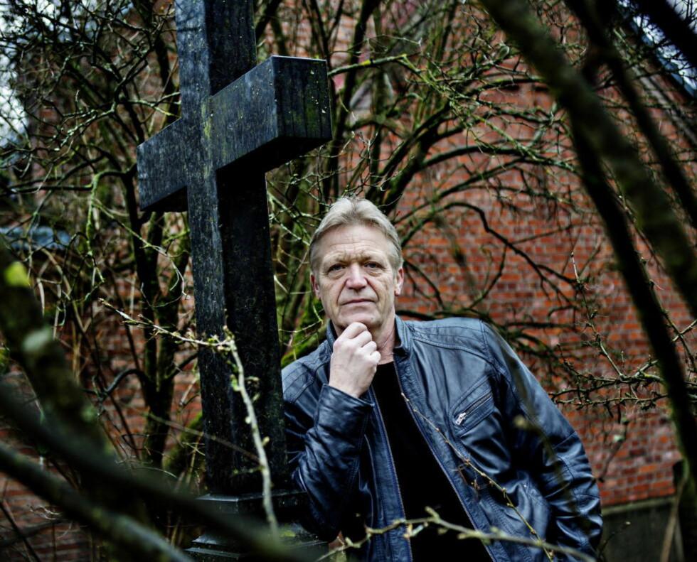 SPILLER PREST: Selv er ikke Terje Strømdahl kristen. Foto: Nina Hansen / Dagbladet