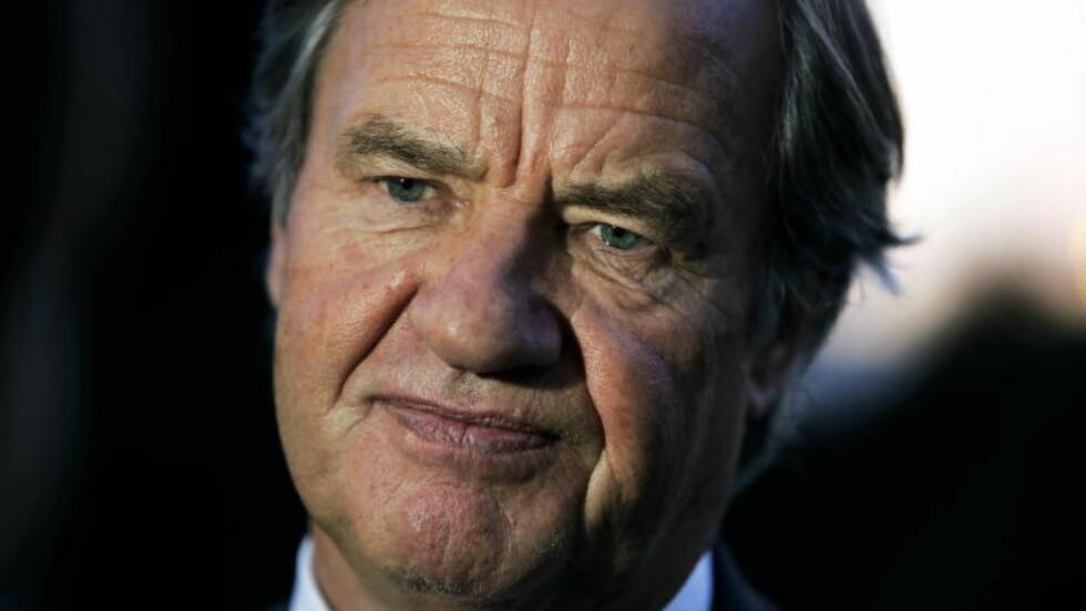 KJOSFAST:  Bjørn Kjos og Norwegian har den siste tiden opplevd store problemer med sine Dreamliner-fly. Foto: Henning Lillegård/Dagbladet.