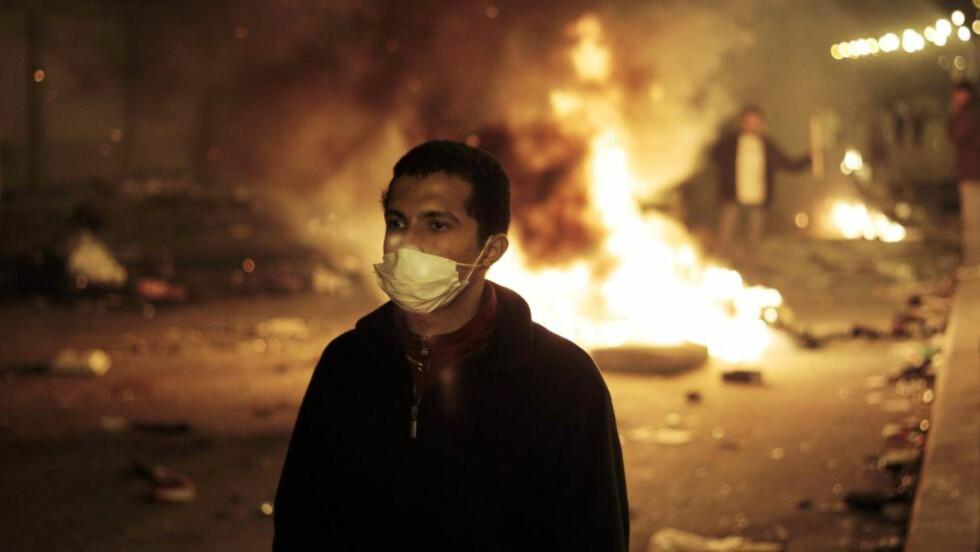 PRIMITIVISERING: Lørdag er det tre år siden den egyptiske revolusjonen startet på Tahrirplassen i Kairo. Konflikter i Midtøsten reduseres ofte til et spørsmål om iboende, negative kvaliteter hos innbyggerne, skriver Henrik Thune - men dette er en dårlig forklaringsmodell. Foto: AP / NTB Scanpix