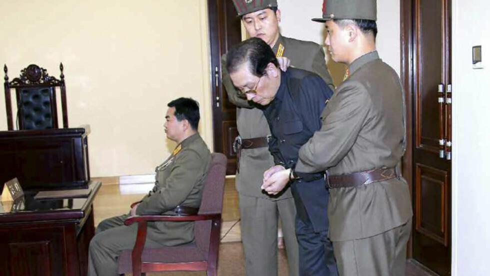 HENRETTET: Etter at onkelen Jang Song-thaek ble henrettet skal også alle hans nære slektninger ha blitt henrettet. Foto:  Reuters/Yonhap/NTB Scanpix