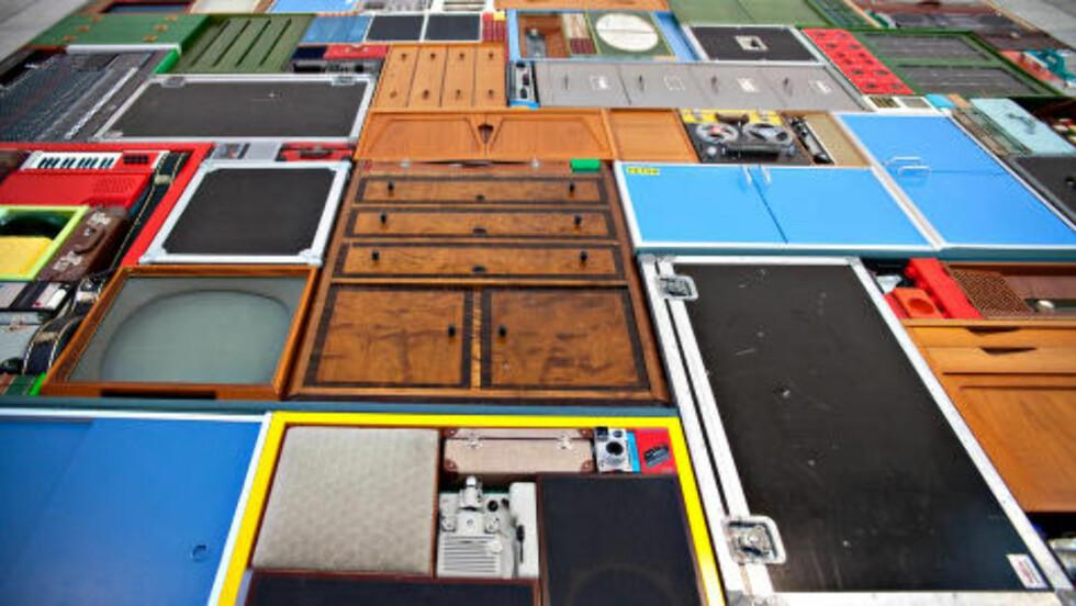 «TETRIS»: Michael Johanssons installasjon «Tetris» fyller en hel vegg.