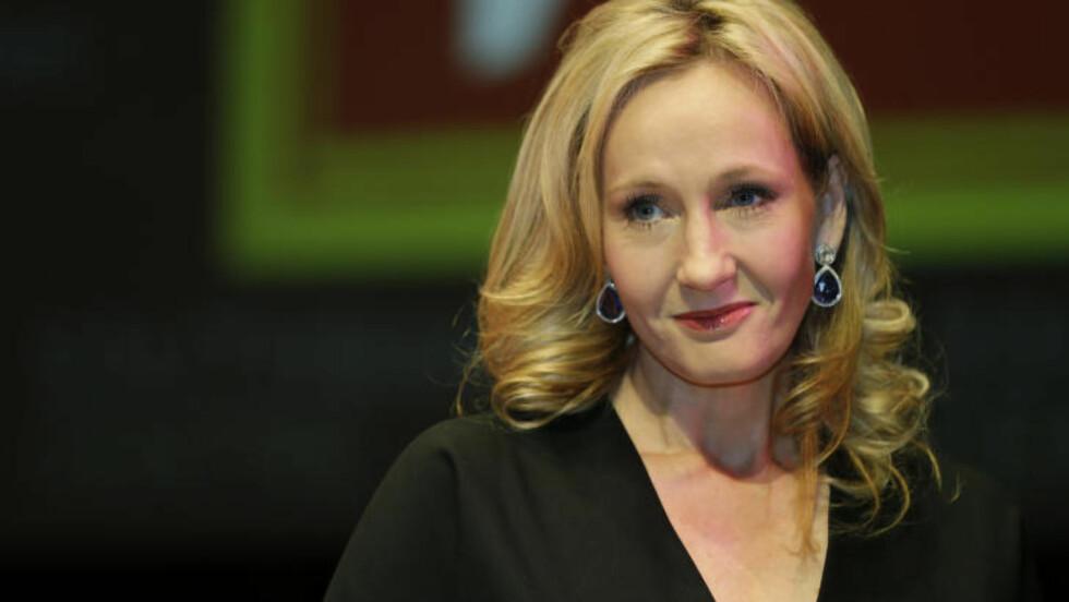 <strong>FOR SEINT Å ANGRE:</strong> Men forfatter JK Rowling mener dte hadde vært mer troverdig om Harry og Hermione ble et par. Foto: SCANPIX/AP