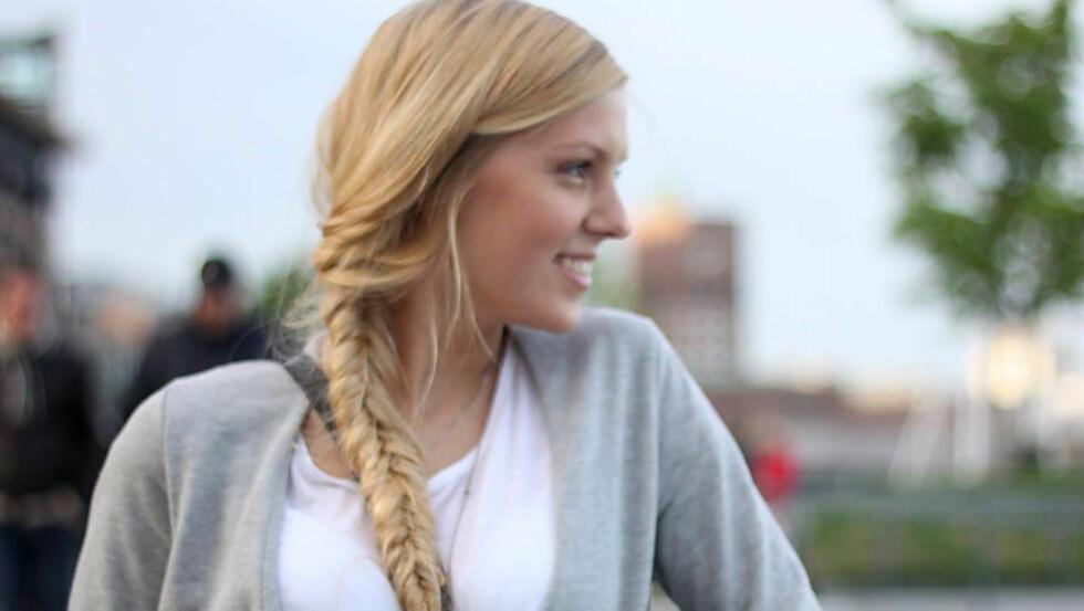 OMKOM: Fanny Celine Lie Kløvstad (19) fra Oppegård i Akershus omkom da hun ble truffet av et stort tre som falt på teltet hennes. Foto: PRIVAT