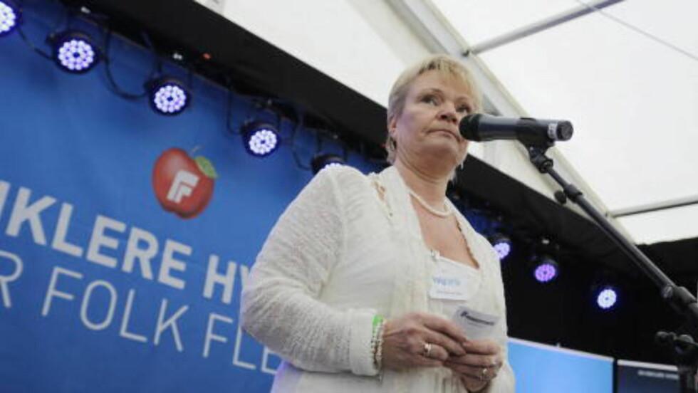 UNØDVENDIG: Leder i Stortingets Helse- og omsorgskomitee, Kari Kjønaas Kjos mener forbudet mot e-sigaretter er uhensiktsmessig for folkehelsa. Foto: Tor Erik Schrøder / NTB scanpix