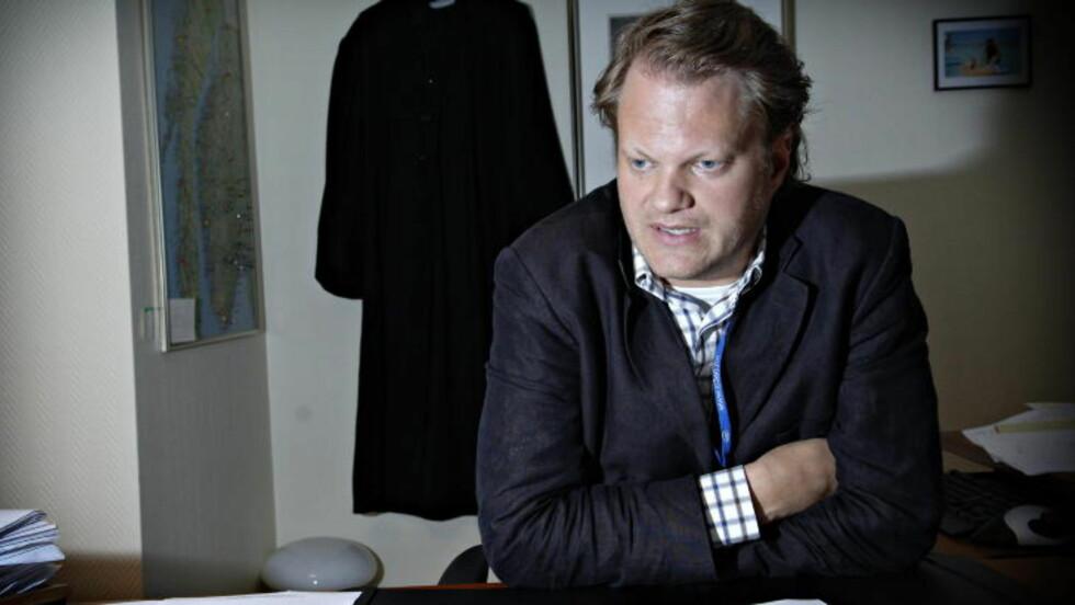 FORSVARER: Advokat Thomas Klevenberg bekrefter at den kvinnelige legen er siktet for mordbrann men at hun ikke erkjenner straffskyld. Foto: Robert S. Eik/Dagbladet