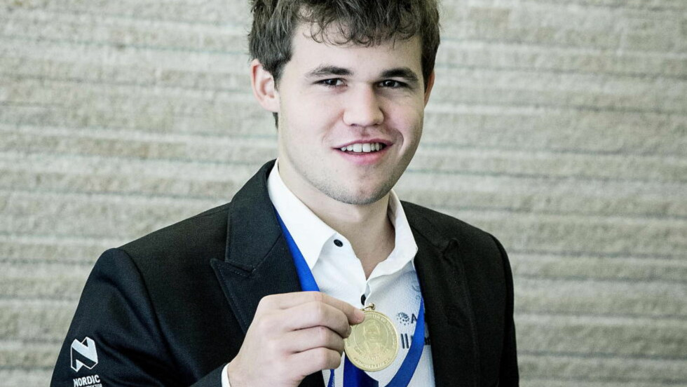 IDRETT ELLER IKKE?    Sjakkspiller Magnus Carlsen er ikke nominert i klassen «Årets mannlige idrettsutøver». Foto: Bjørn Langsem / DAGBLADET