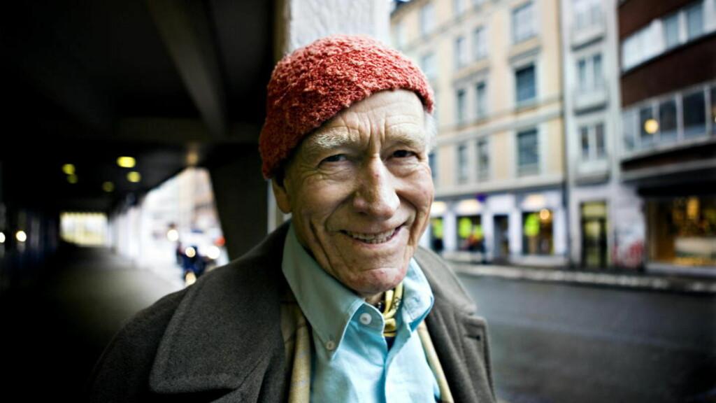 GIR BORT: Olav Thon (90) forteller til TV2 at han vil gi bort 26 milliarder til allmennyttige formål. Foto: Nina Hansen / Dagbladet