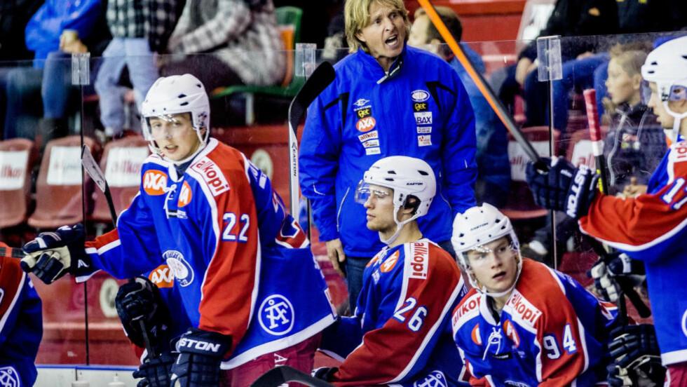 KAN FÅ PLASS I KHL: Hvis alt går etter planen, og partene blir enig, kan Vålerenga allerede fra neste sesong ha et lag i KHL.  Foto: Stian Lysberg Solum / NTB Scanpix