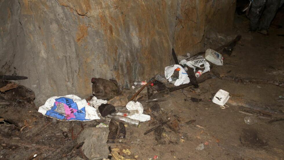 PLYNDRET :  Store verdier er stjålet fra de fredede sølvgruvene på Kongsberg. En 47-åring fra Drammen er nå tiltalt for grove tyverier, hærverk, skadeverk i gruvene. Foto: GEIR LOE WINSRYGG