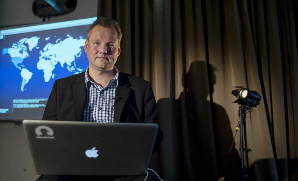 INGEN LØSNING: Vidar Sandland er seniorrådgiver i NorSIS og ekspert på IT og informasjonssikkerhet. - Det er ekstremt at ingen har klart å finne en måte å få tilbake filene på, sier han. Foto: Øistein Norum Monsen / DAGBLADET
