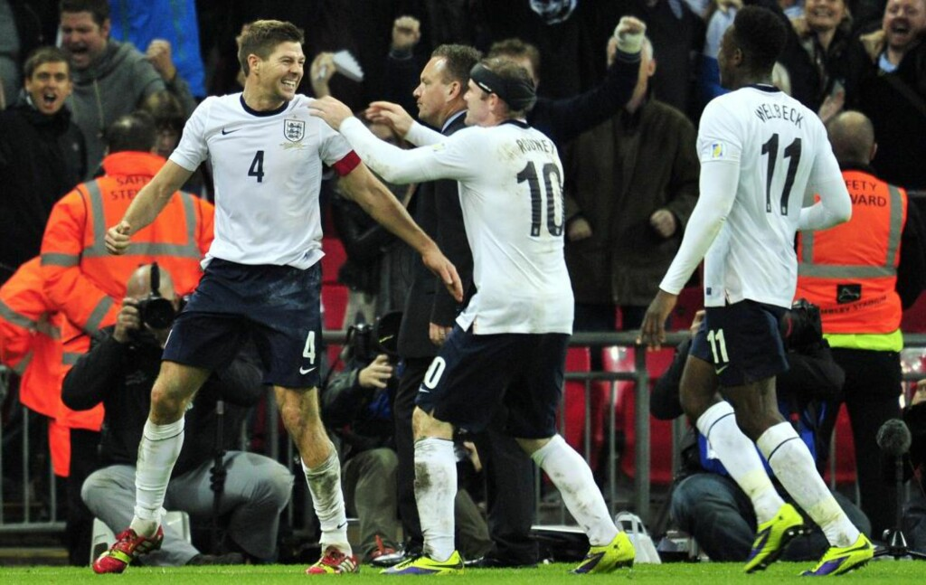 VM-KLARE: England slo Polen 2-0 på Wembley i går, og er med det klare for VM i Brasil neste år. Innsatsen har fått fyldig dekning på Usasoccerguys blogg og Twitter-konto. Foto: AFP / GLYN KIRK / NTB Scanpix
