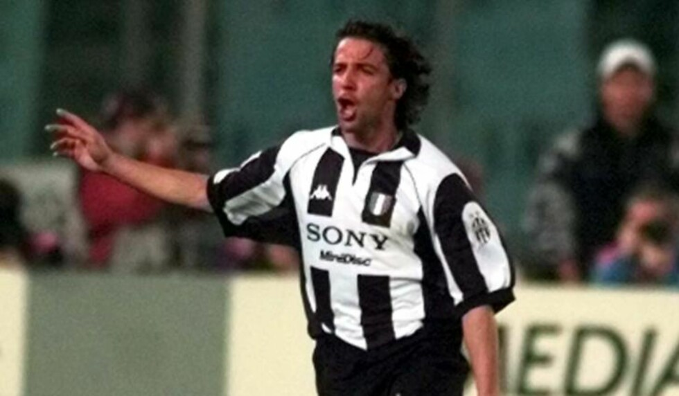 BLE STJERNE: Juventus-spiller Alessandro Del Piero kom inn som innbytter i 1993. Dette bildet er fra 1998. Foto: AP Photo/Luca Bruno