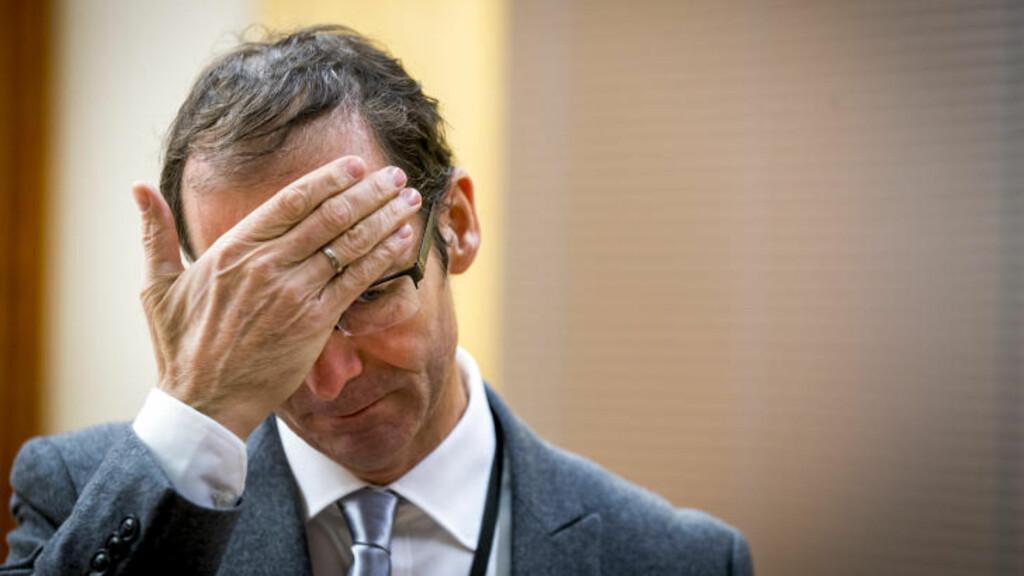 - SÅ DERE OPP TIL HAM? Spør statsadvokat Carl Graff Hartmann, som er aktor i saken mot mannen som i Oslo tingrett mandag er tiltalt for seksuelle overgrep mot 14 kvinner. Foto: Erlend Aas / NTB Scanpix