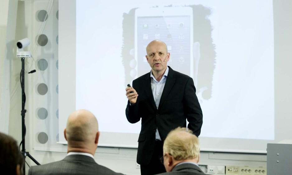 VIL HA DIGITAL GRENSEKONTROLL: Professor Olav Lysne