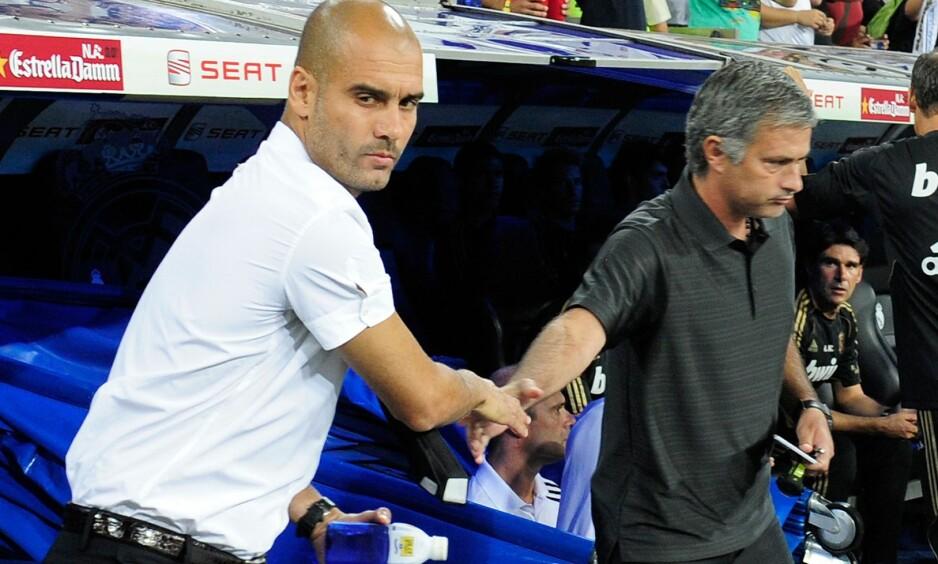 DÅRLIG STEMNING: Forholdet mellom Pep Guardiola og José Mourinho har vært dårlig helt siden de var managere for henholdsgvis Barcelona og Real Madrid. I morgen møtes de to for første gang som managere i England. Foto: AFP / DANI POZO / NTB Scanpix