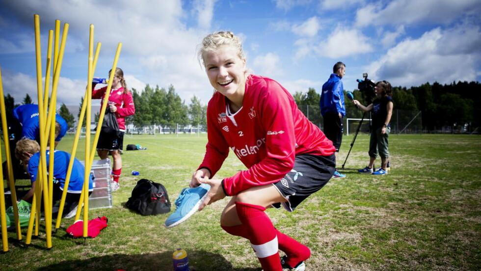 DEBUTERER: Ada Stolsmo Hegerberg får i dag sin mesterskapsdebut for det norske landslaget. Foto: Bjørn Langsem / DAGBLADET.