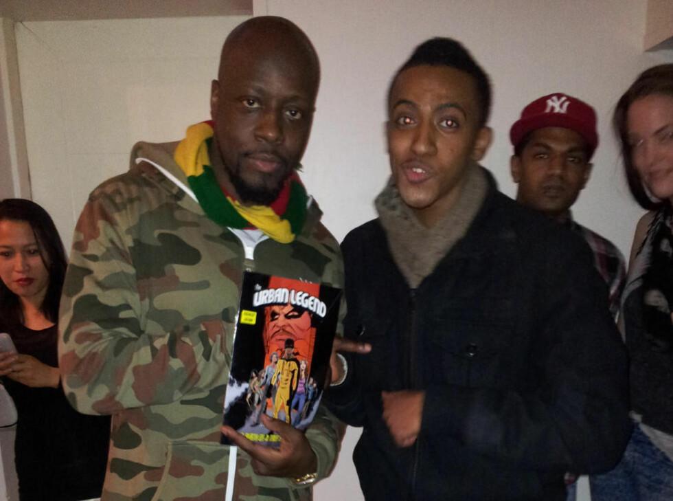 BEGEISTRET: Artisten Wyclef Jean fra Haiti var svært begeistret for den norske superhelten «The Urban Legend».