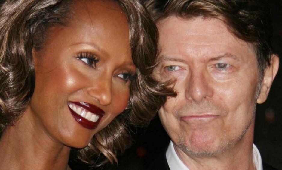 SAVNER SIN MANN: David Bowies kone, Iman Bowie, forteller at hun savner mannen, som døde i januar i år. Foto NTB Scanpix