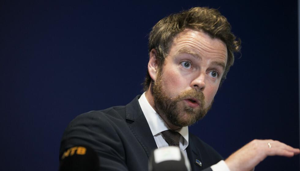 KRITIKK: Torbjørn Røe Isaksen har fått mye kritikk for fraværsreglene. Nå svarer statssekretær Magnus Thue. Foto: Berit Roald / NTB scanpix