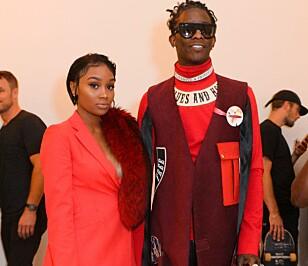 SKAL GIFTE SEG: Desinger Jerrika Karlae og rapper Young Thug. Her sammen under New York Fashion Week tidligere denne uka. Foto: Hunter Abrams/BFA/REX/Shutterstock, NTB scanpix