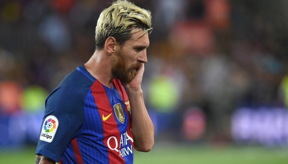 KJEMPSMELL: Lionel Messi og Barcelona gikk på en smell mot Alaves hjemme på Camp Nou. Foto: AFP PHOTO / LLUIS GENE / NTB Scanpix