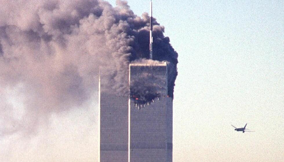 TERROR: Det er 15 år siden det styrtet to fly i World Trade Centre i New York, ett styrtet i Pentagon og ett i Pennsylvania. Mange mener at dette ikke stemmer og har egne konspiratoriske teorier. Foto: AFP / NTB scanpix