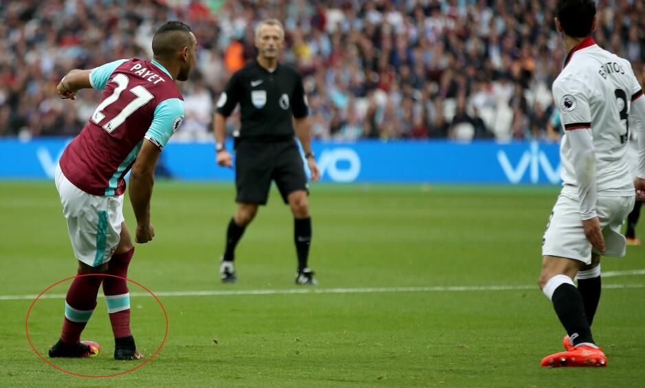 RABONA: Dimitri Payet vartet op med en sylfrekk assist da han sendte ballen med høyrefoten plassert bak den venstre. Foto: NTB Scanpix