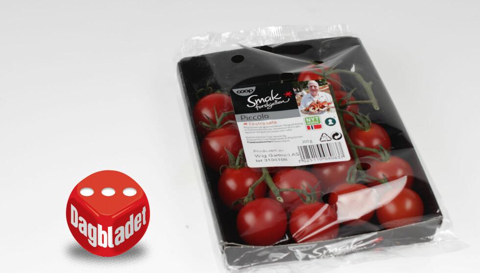 HARD: Coop-tomaten er hard og smaker litt bittert. Det virker som om den er plukket for tidlig eller burde fått ligge lenger.