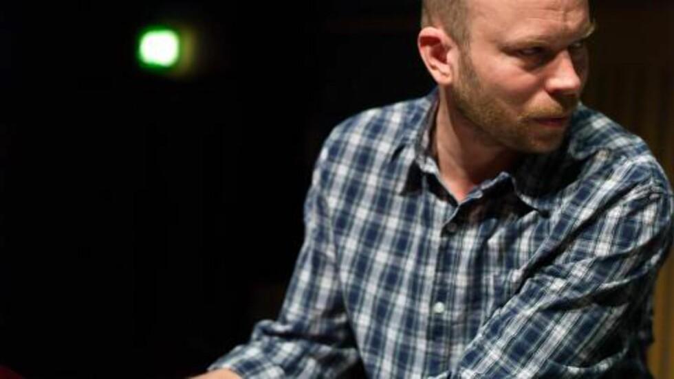 LEDER:  Christian Wallumrød har ledet sitt ensemble i mer enn 10 år og kommer nå med album nummer fem. FOTO: CHRISTOPHER TRIBBLE / ECM RECORDS.