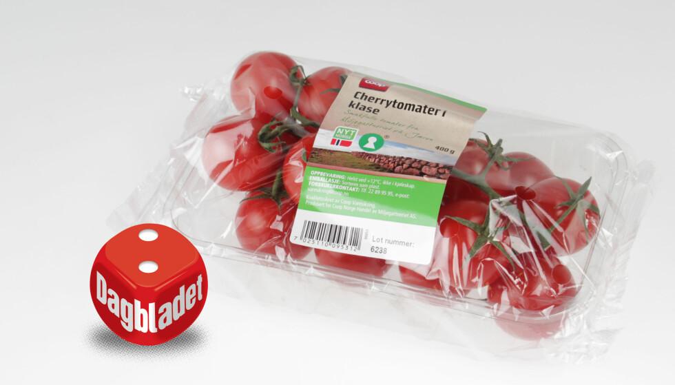 SKINNET BEDRAR: De ser lekre ut, men tomatene fra Coop har tjukt og hardt skall og smaker ikke bra.
